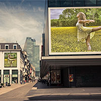 Foto efecto - Billboards in the city center