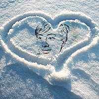 Foto efecto - Heart on snow