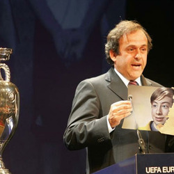 Photo effect - Euro 2012. Platini announced winner