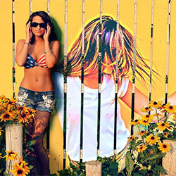 Foto efecto - Pretty woman near the fence