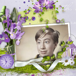 Photo effect - Surrounded by violet accessories