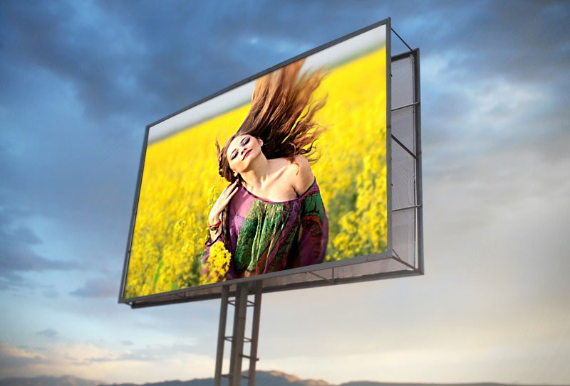 Foto efecto - On the billboard against the evening sky