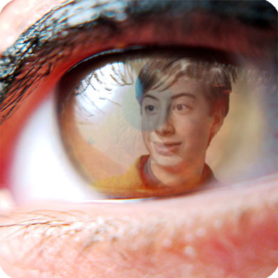 Photo effect - Reflected in the attractive eye