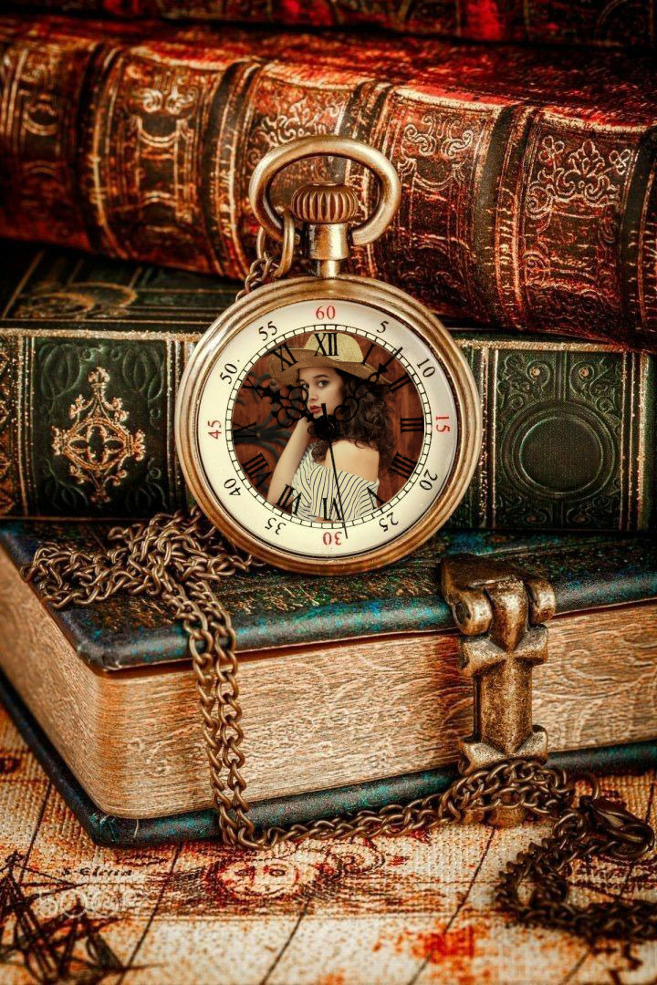 Efeito de foto - Vintage books with a vintage watch