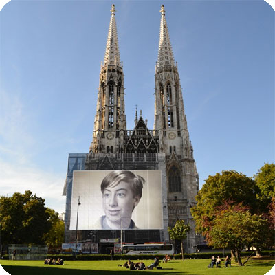 Photo effect - Walking in vienna near votive church
